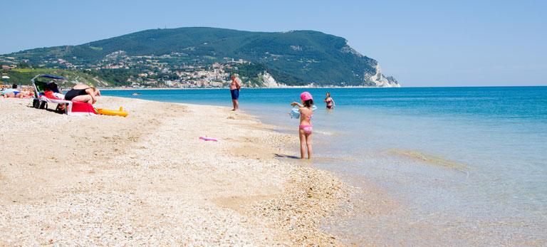 Appartamenti porto recanati for Piani di casa sulla spiaggia su palafitte
